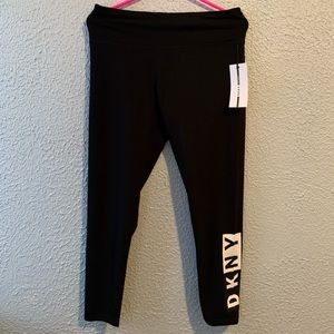 New DKNY Large Black Sport Leggings